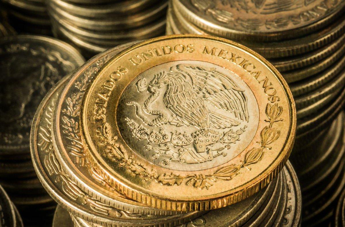 El peso mexicano inicia la sesión con una apreciación de 0.35% o 7 centavos
