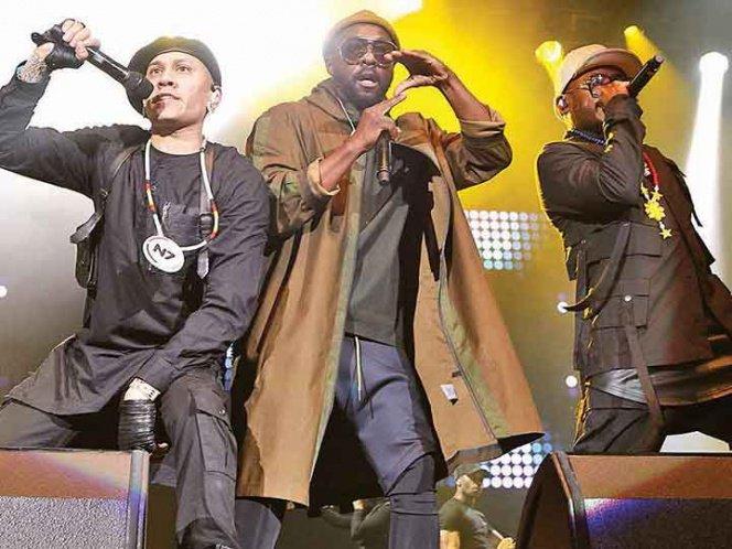 Black Eyed Peas prende a mexicanos al ritmo de hip hop, pop y dance