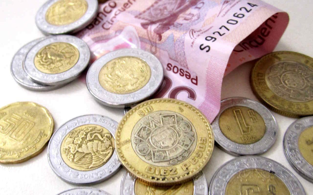 El peso inició la sesión con una depreciación de 0.46% u 8.7 centavos, cotizando alrededor de 19.09 pesos por dólar