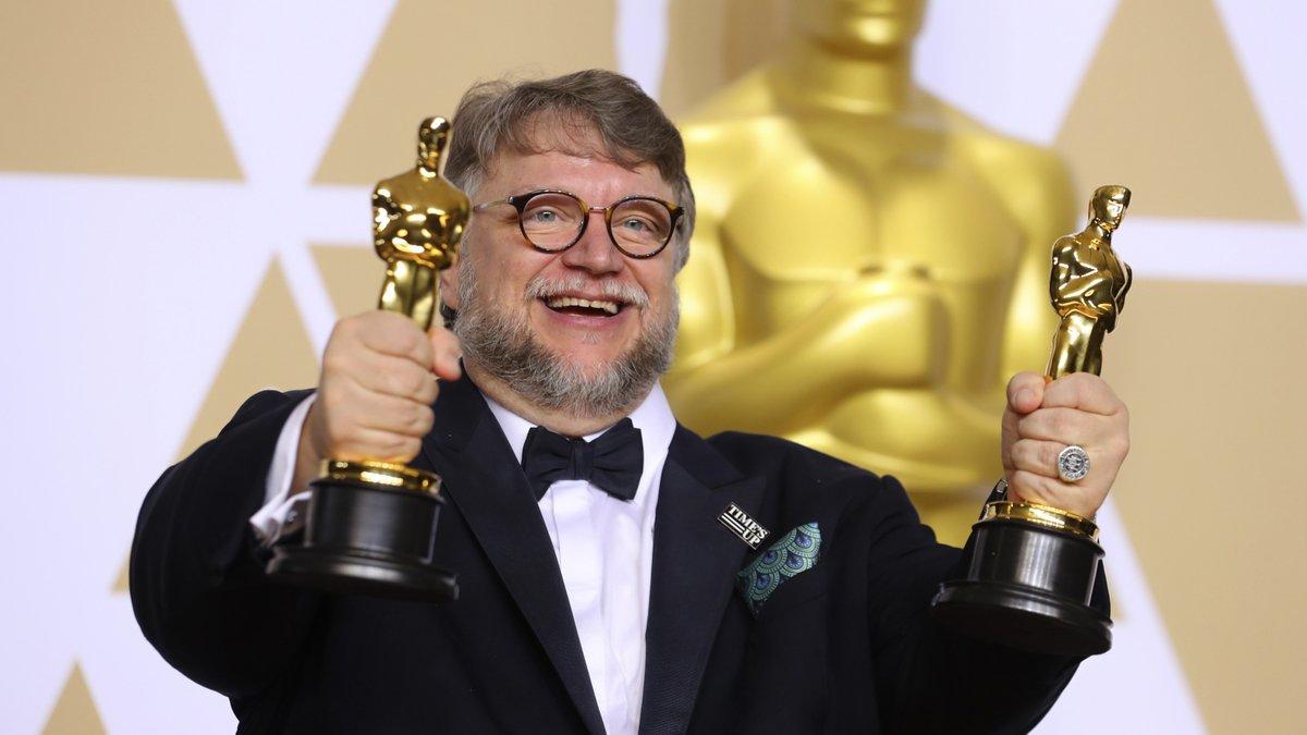 Guillermo del Toro expresa su desacuerdo con cambios en los Oscar