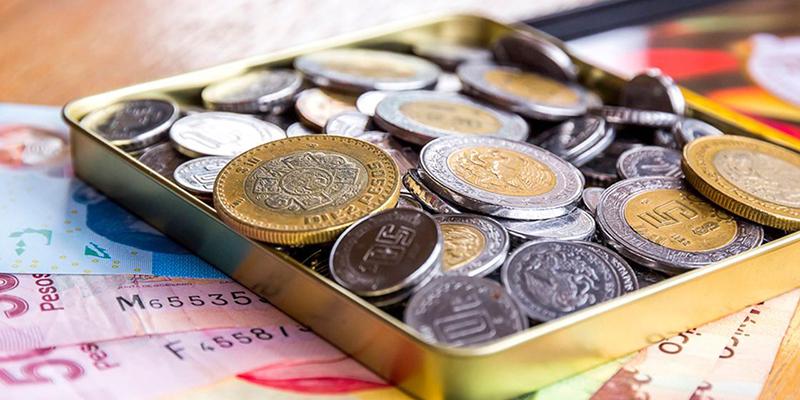 El peso mexicano inicia la sesión mostrando pocos cambios, con una ligera apreciación de 0.12% o 2.2 centavos
