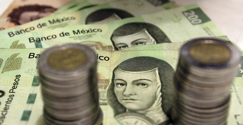 El peso cerró la semana con una depreciación de 1.15% o 22.7 centavos
