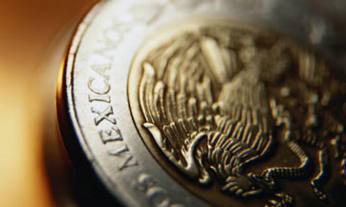 El peso inicia la sesión con una depreciación de 0.11% o 2.1 centavos