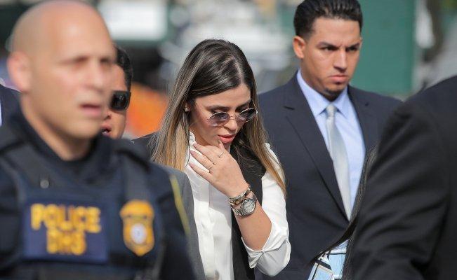 """Emma Coronel no pasó desapercibida en la sentencia de """"El Chapo"""" Guzmán"""