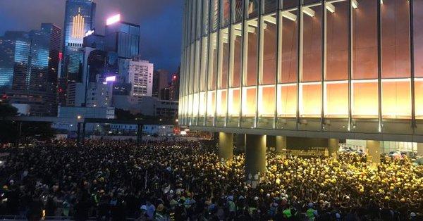 "En Hong Kong dan por ""muerta"" la polémica ley de extradición"