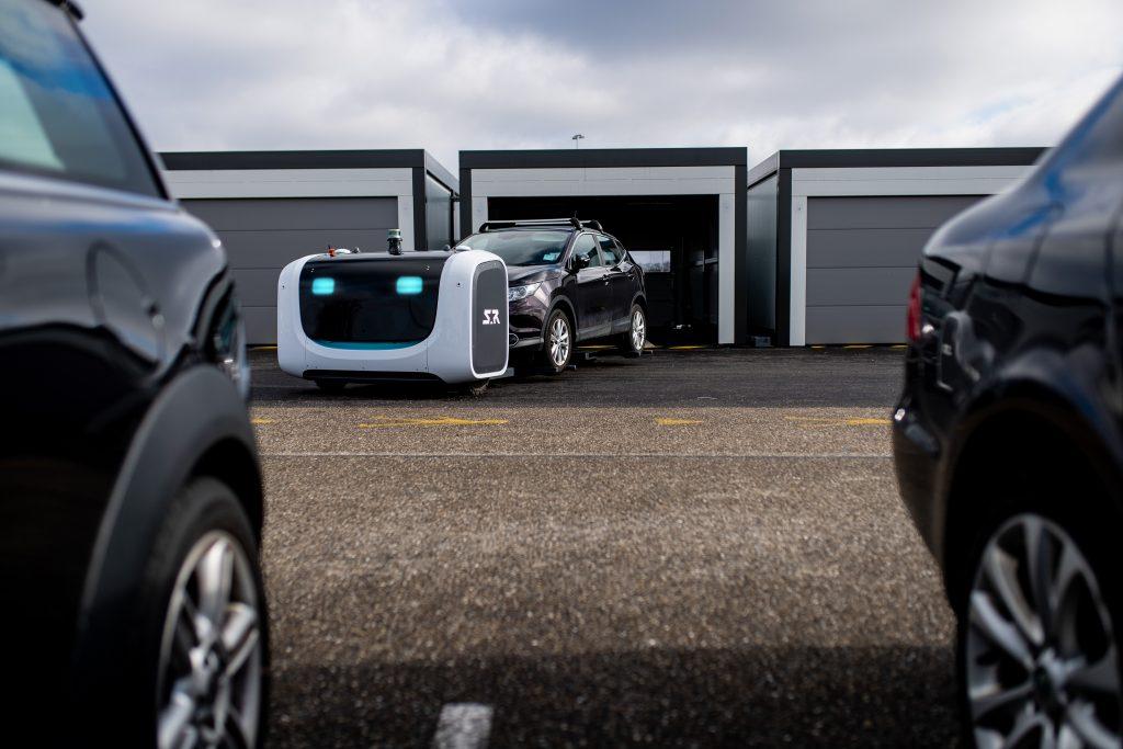 Robots de estacionamiento