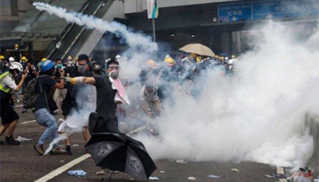 """China alerta por """"signos de terrorismo"""" en Hong Kong"""